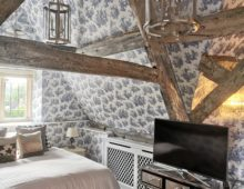 Toile wallpaper Painswick Gloucestershire